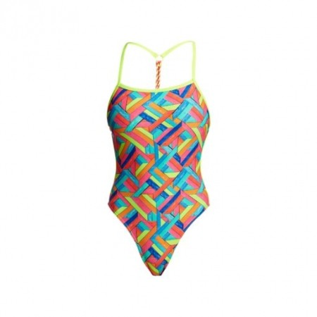 Panel Pop Twisted one piece